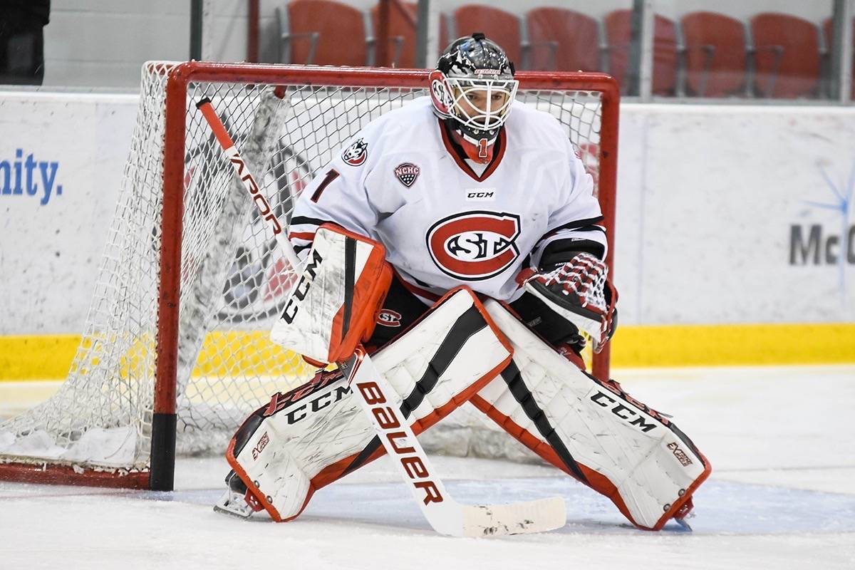buy popular d3b2b c6e27 Goaltender of the week with NCAA – Maple Ridge News