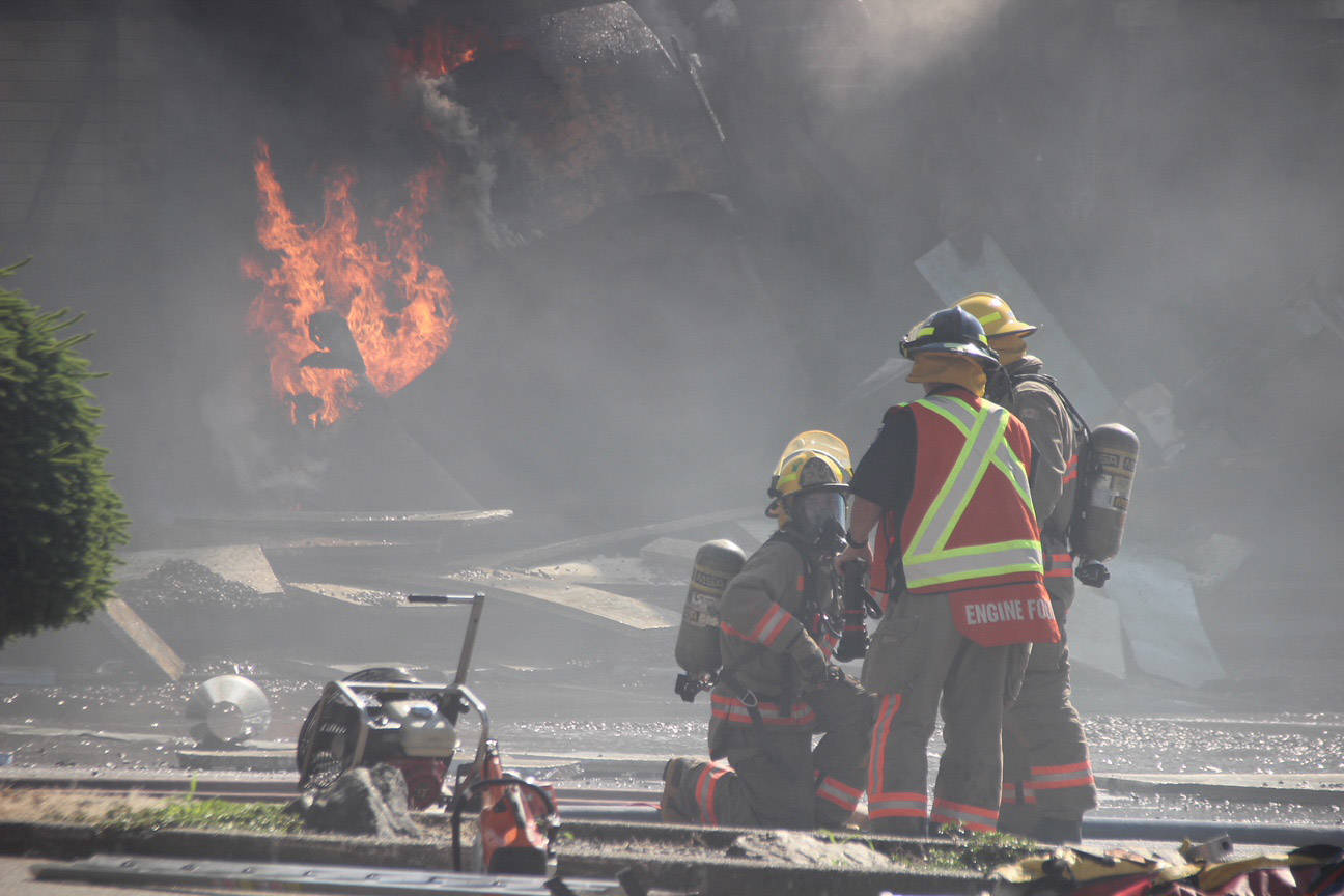 UPDATE: Fire destroys Chilliwack restaurant