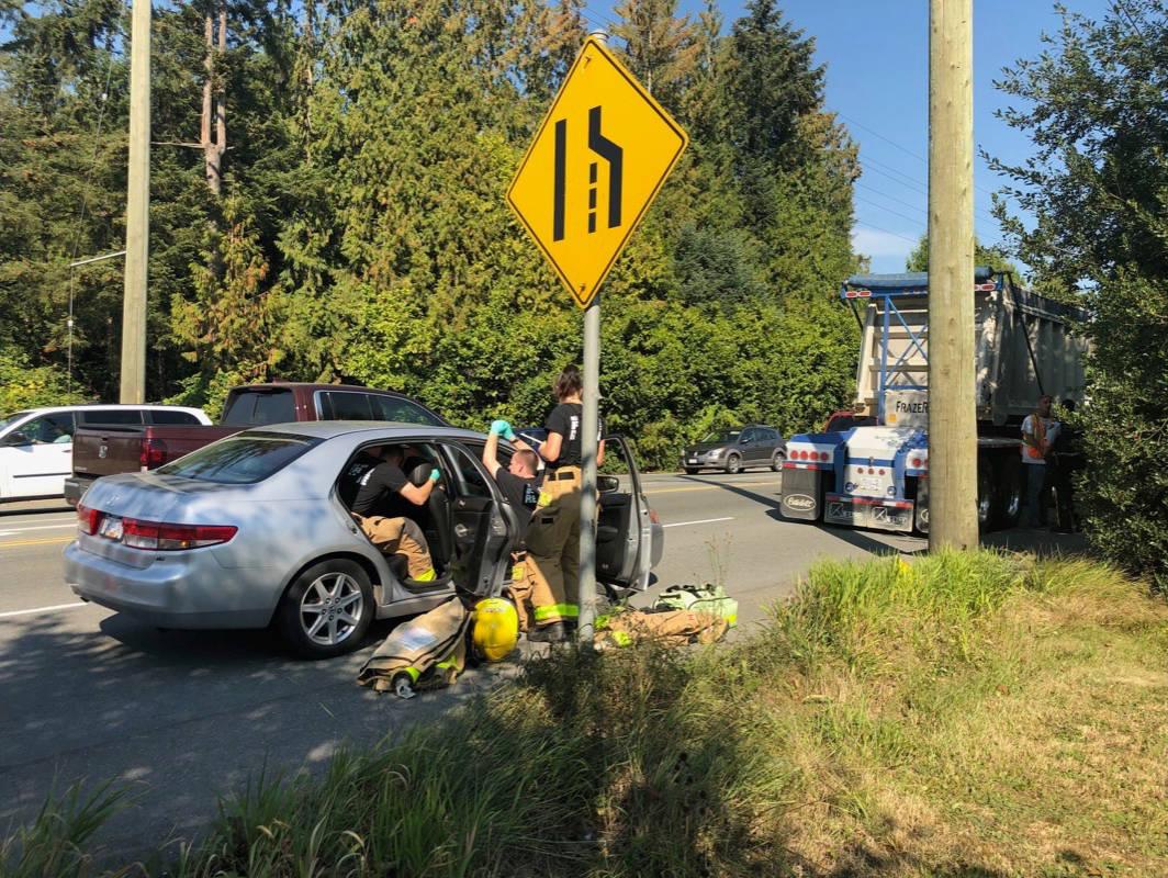 Maple Ridge Dump >> Dump Truck Car Collide In East Maple Ridge Maple Ridge News