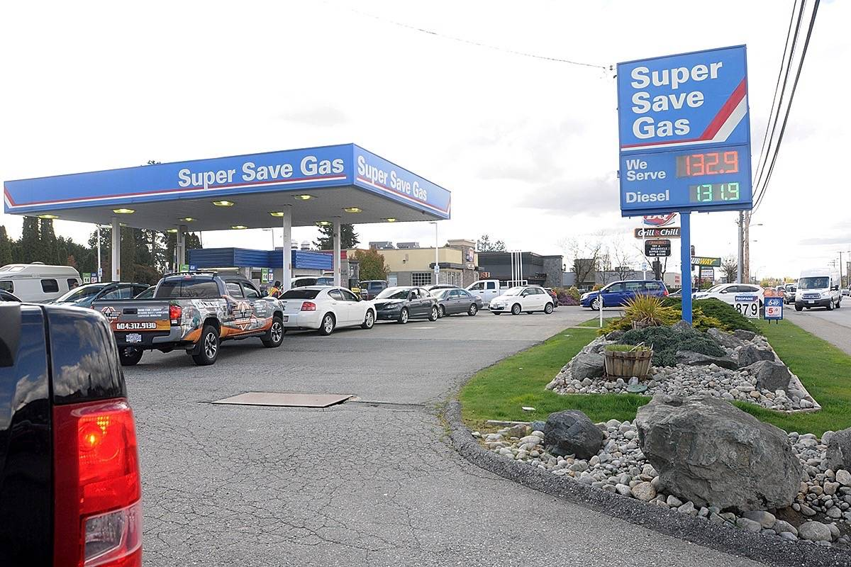 UPDATED: Customers flocked to Super Save Gas in Maple Ridge for $1.33 per litre gas