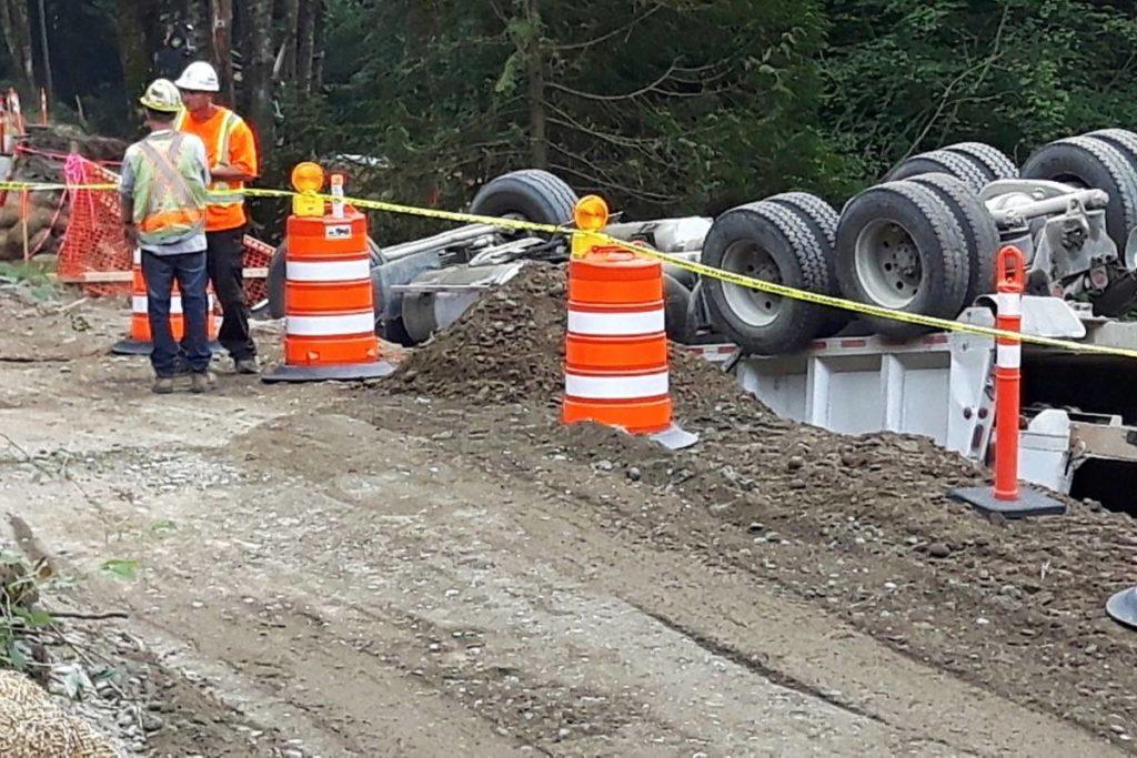 Maple Ridge Dump >> Dump Truck Flipped In Maple Ridge Maple Ridge News