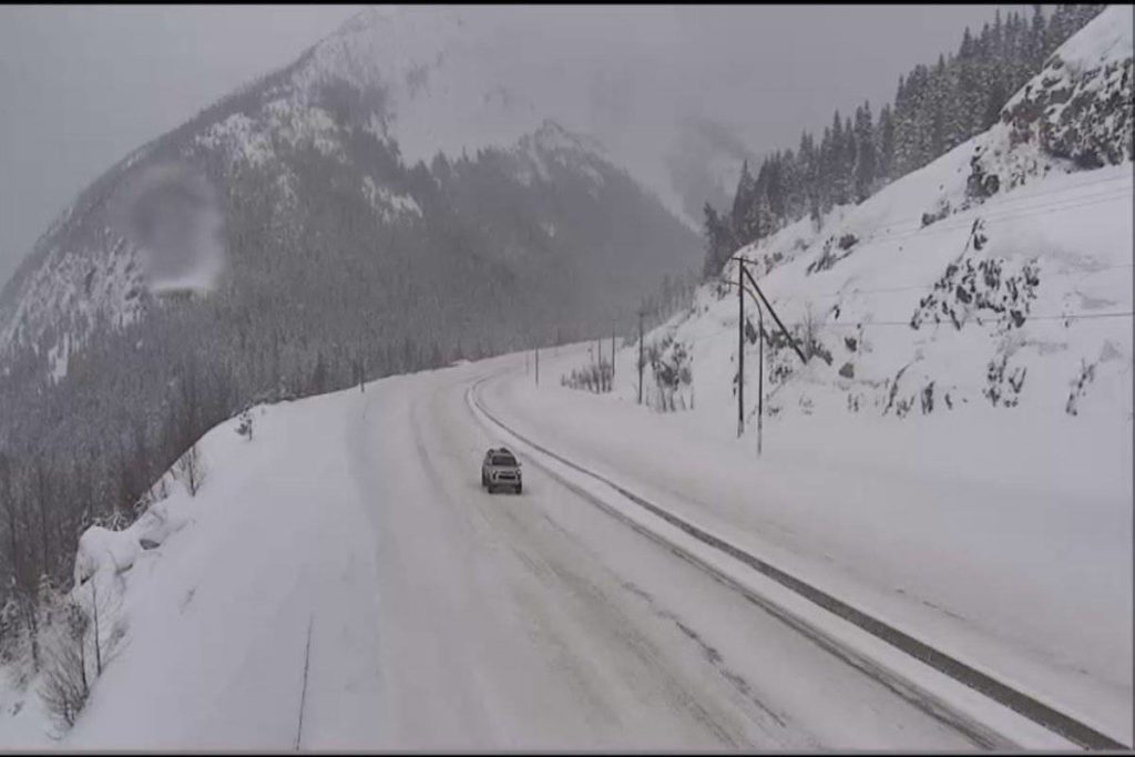Snowfall warning in effect for the Coquihalla Highway - Maple Ridge News